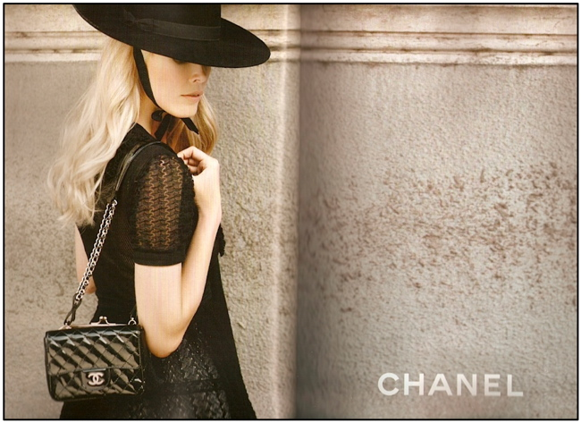 Chanel S:S 2010 by Karl Lagerfeld 1