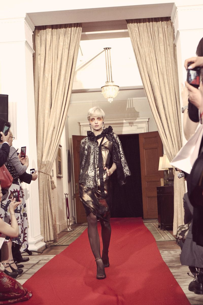 Diamond Jubilee British Embassy Tokyo Vivienne Westwood 10 VIVIENNE WESTWOOD RED CARPET COLLECTION AT THE BRITISH EMBASSY IN TOKYO