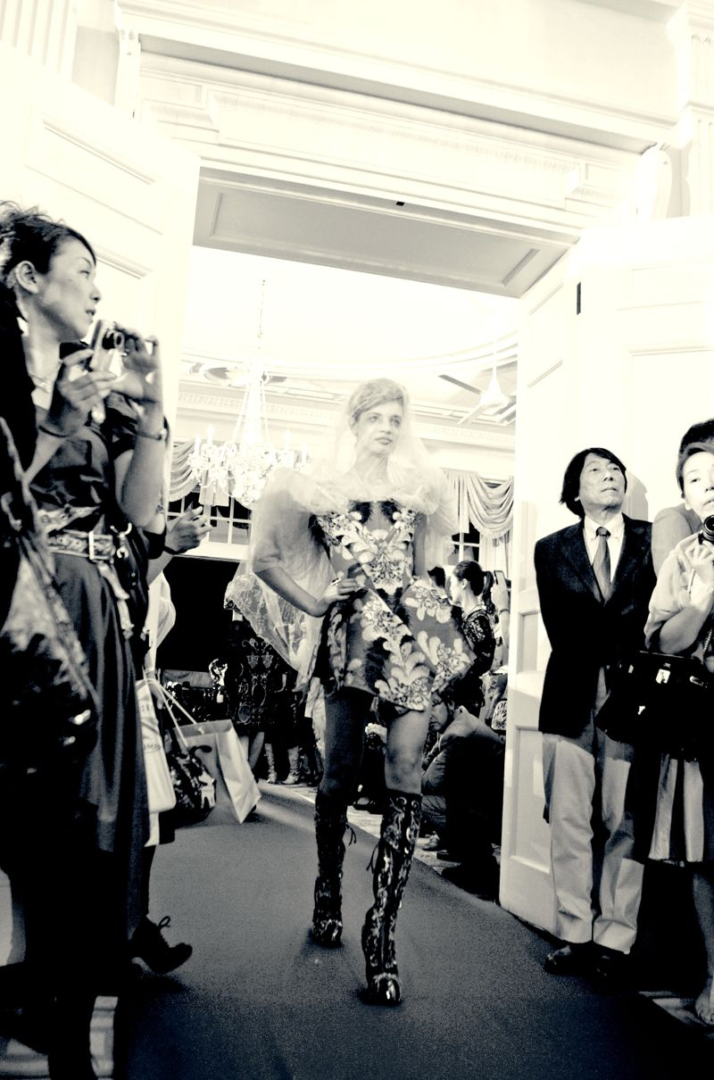 Diamond Jubilee British Embassy Tokyo Vivienne Westwood 16 VIVIENNE WESTWOOD RED CARPET COLLECTION AT THE BRITISH EMBASSY IN TOKYO