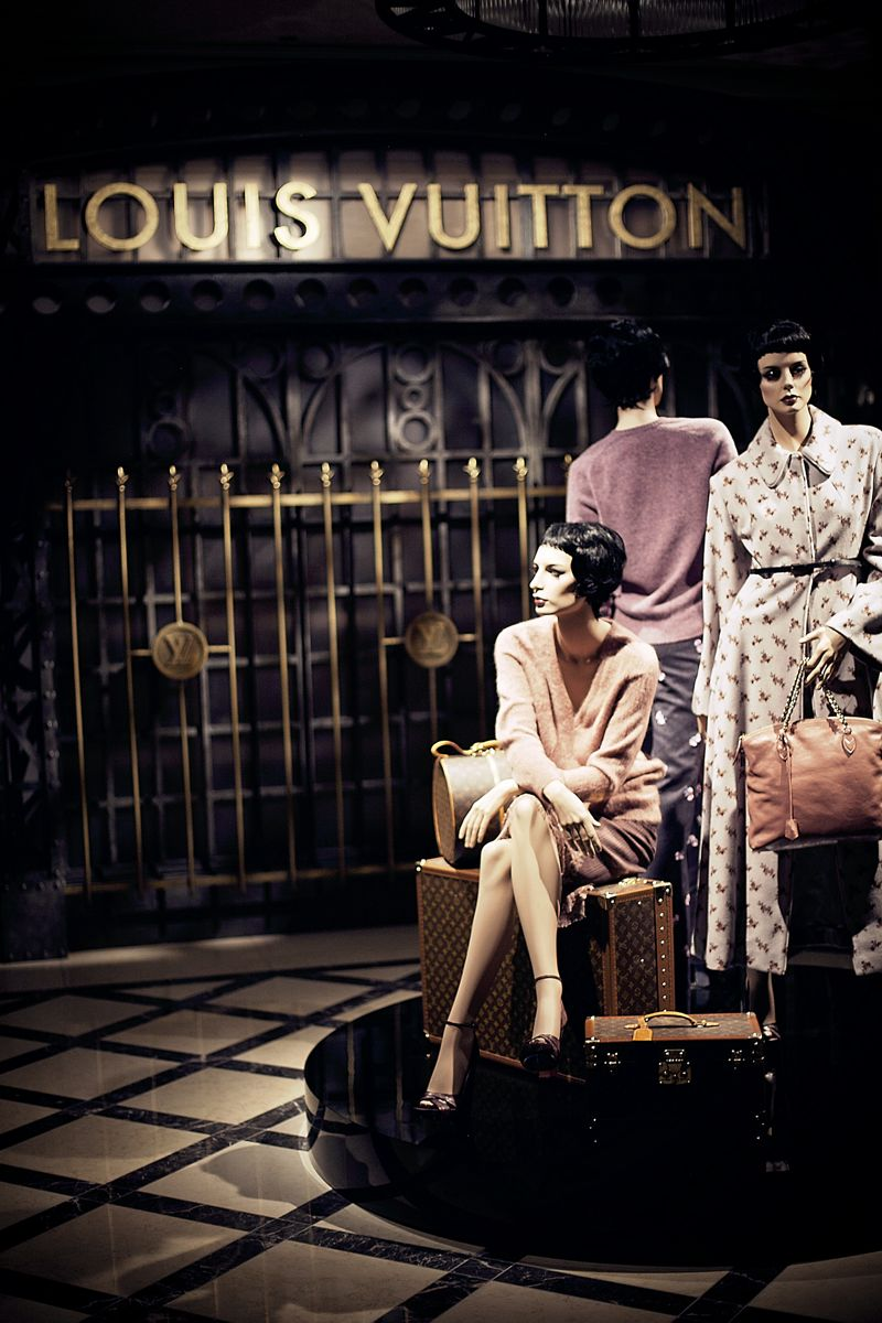 Louis Vuitton timeless muses tokyo dandy 12
