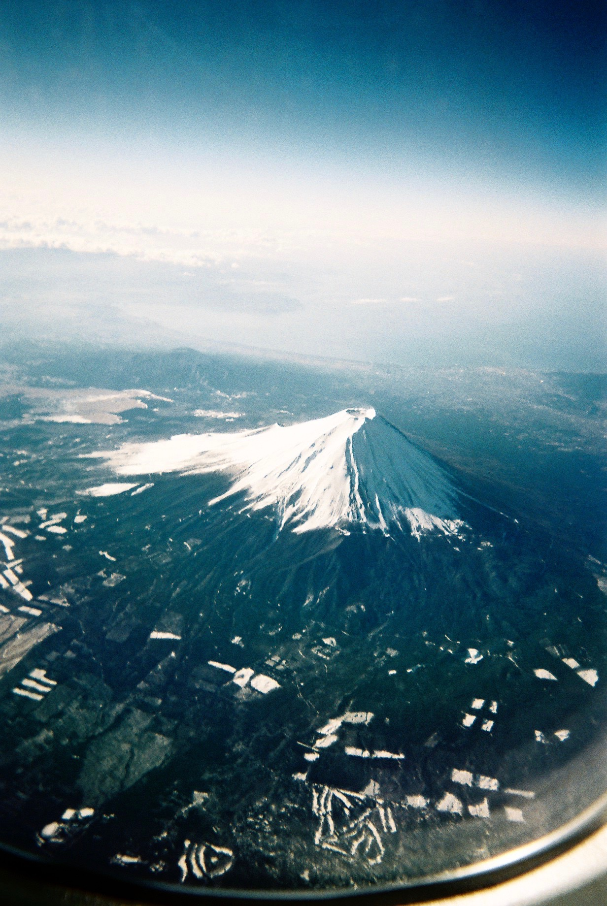 mount-fuji-tokyo-dandy-disposable-camera-commons-and-sense